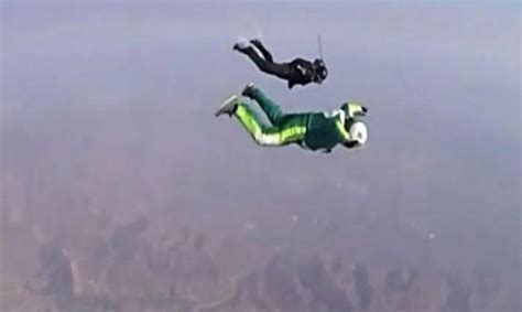 Daredevil Skydiver Jumps Out Of Plane At 25,000 Feet
