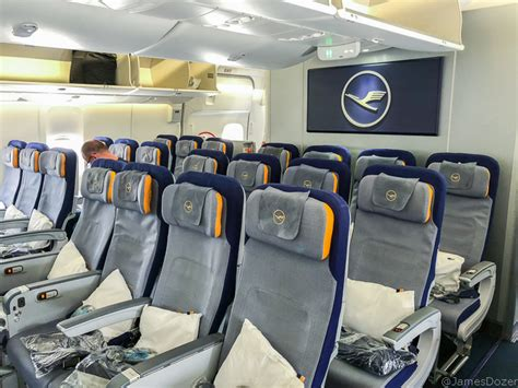 Review: Lufthansa Economy Class, Boeing 747-8 to Los Angeles