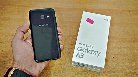 Samsung Galaxy A3 (2017) - Unboxing & First Look! (4K